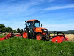AGRITEC-Schlegelmulcher-GS50-140VM_GS50-140P-Kubota-M7040-Vario-45